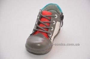 Ботинки для маленького мальчика