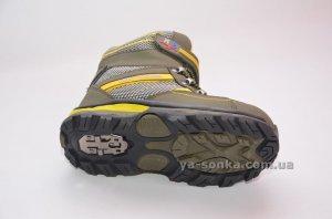 Ботинки для мальчика с ледоходами